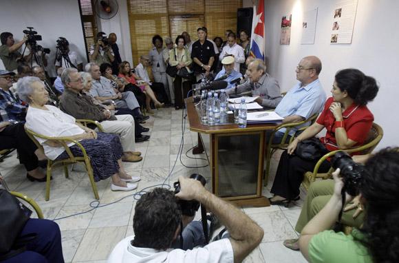 Otro momento del encuentro de artistas e itelectuales cubanos, por la Libertad de los Cinco. Foto: Ismael Francisco/Cubadebate.